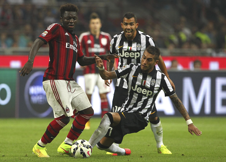 Juventus v ac milan sitting down with the enemy for Ac milan juventus