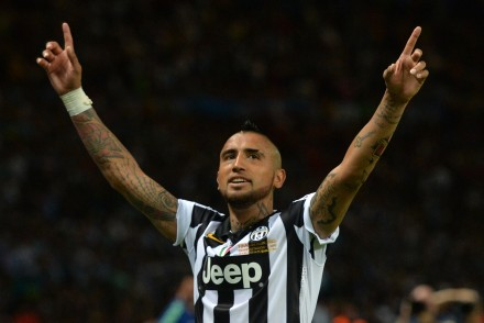 Juventus' Chilean midfielder Arturo Vidal reacts after the 1-1 during the UEFA Champions League Final football match between Juventus and FC Barcelona at the Olympic Stadium in Berlin on June 6, 2015.     AFP PHOTO / OLIVER LANG        (Photo credit should read OLIVER LANG/AFP/Getty Images)