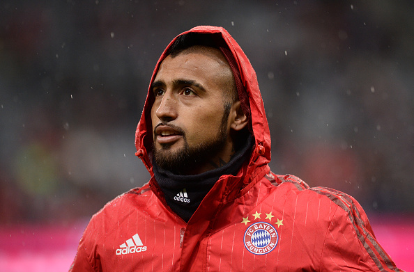 Bayern Munich's Arturo Vidal warms up before the German first division Bundesliga football match of FC Bayern Munich vs TSG 1899 Hoffenheim in Munich, southern Germany, on January 31, 2016.  / AFP / LUKAS BARTH / RESTRICTIONS: DURING MATCH TIME: DFL RULES TO LIMIT THE ONLINE USAGE TO 15 PICTURES PER MATCH AND FORBID IMAGE SEQUENCES TO SIMULATE VIDEO. == RESTRICTED TO EDITORIAL USE == FOR FURTHER QUERIES PLEASE CONTACT DFL DIRECTLY AT + 49 69 650050         (Photo credit should read LUKAS BARTH/AFP/Getty Images)
