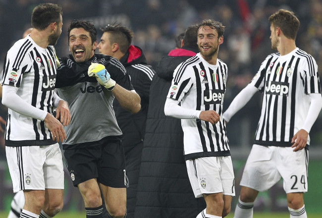 TURIN, ITALY - FEBRUARY 13:  (L-R) Andrea Barzagli, Gianluigi Buffon and Claudio Marchisio of Juventus FC celebrate a victory at the end of the Serie A match between and Juventus FC and SSC Napoli at Juventus Arena on February 13, 2016 in Turin, Italy.  (Photo by Marco Luzzani/Getty Images)