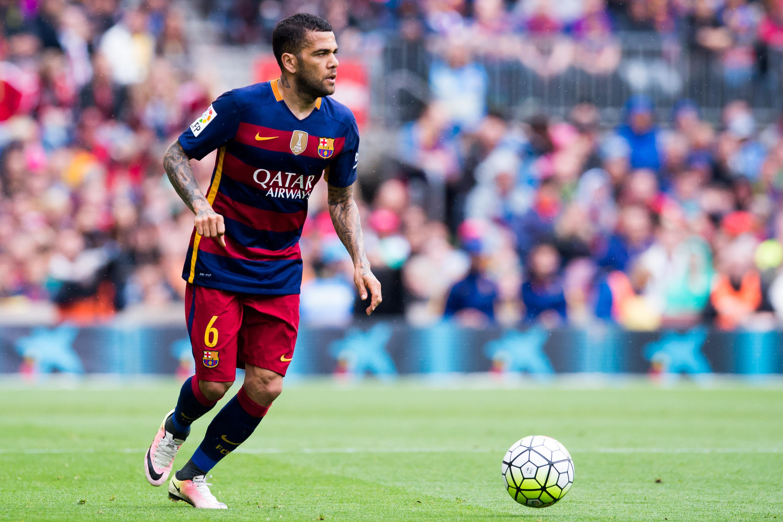 Barcelona's Dani Alves to join Juventus -Juvefc.com
