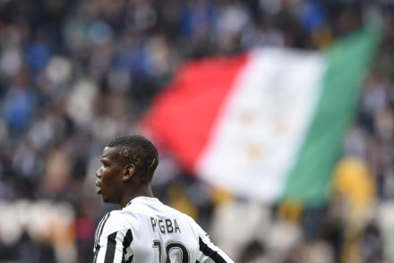 TURIN, ITALY - MAY 01:  Paul Pogba of Juventus FC shows a new hairdo during the Serie A match between Juventus FC and Carpi FC at Juventus Arena on May 1, 2016 in Turin, Italy.  (Photo by Valerio Pennicino/Getty Images)