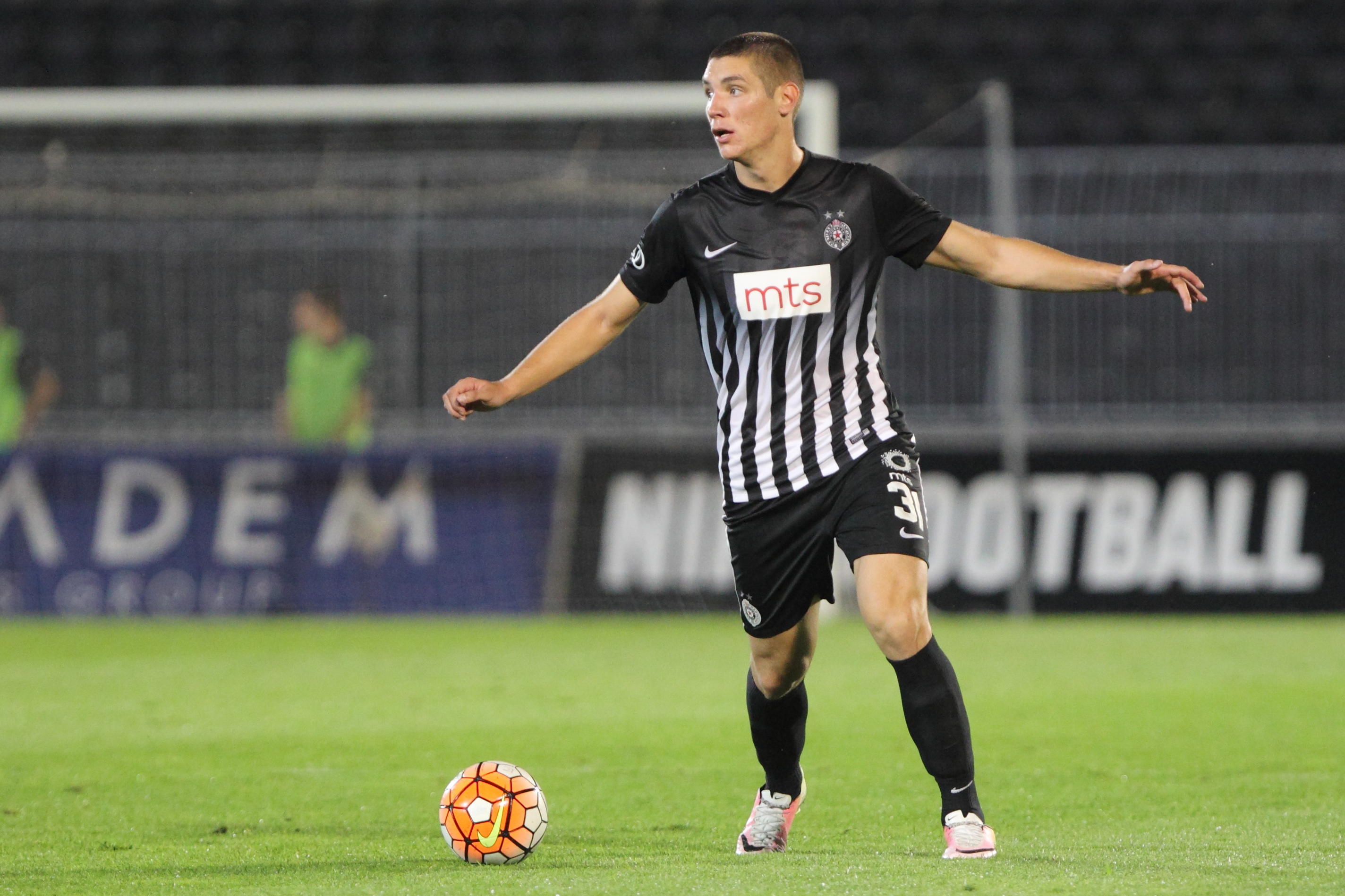 Juventus hoping to replace Demiral with young Fiorentina man