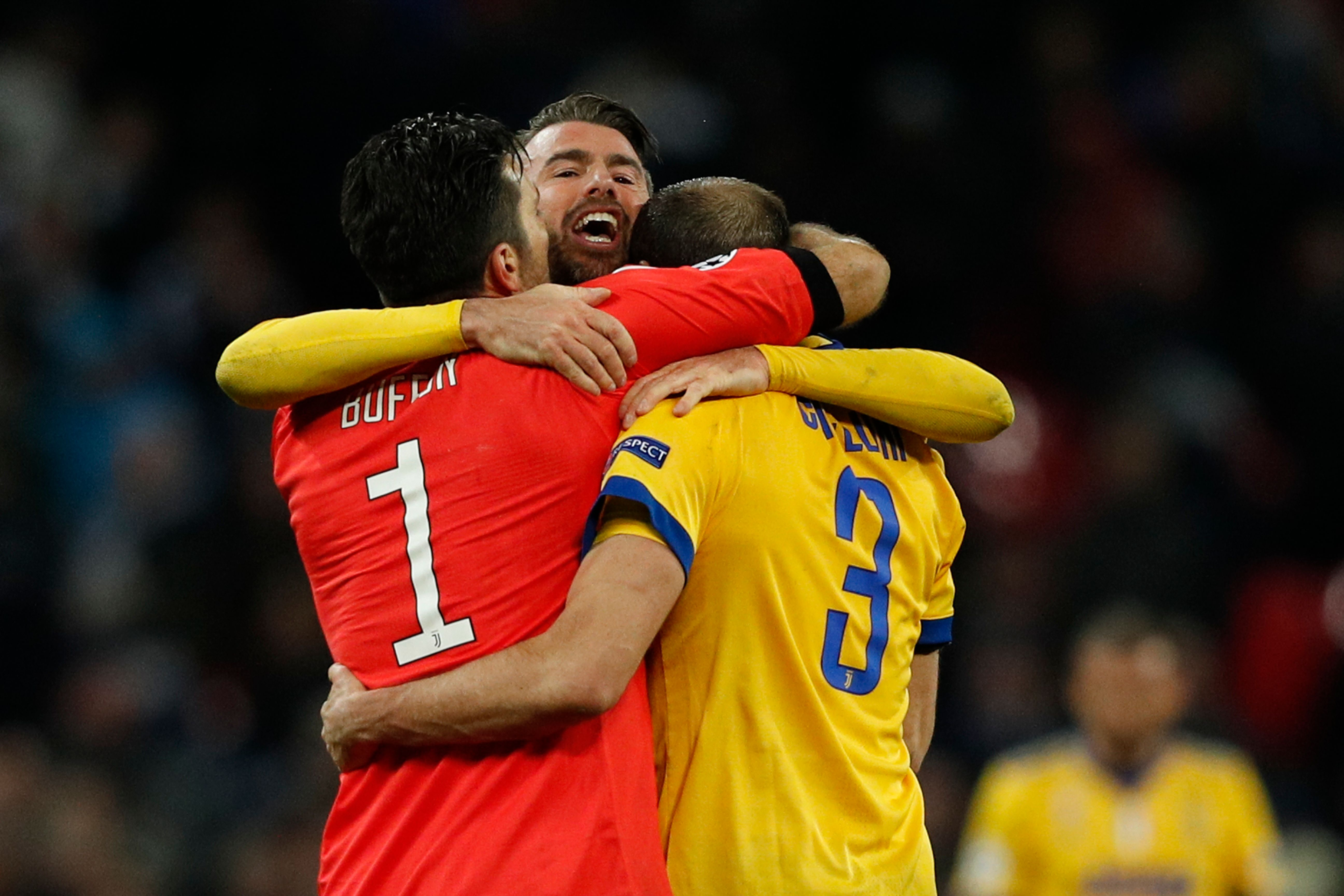 30106471d Chiellini and Barzagli to Renew with Juventus
