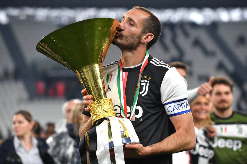number 4 in the list of world's top 10 centre backs in 2020 is Chiellini.
