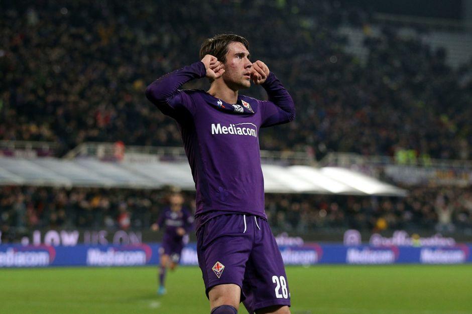 Tottenham Hotspur keen on Dusan Vlahovic.